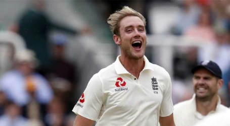 Broad strikes twice for England but India still on top