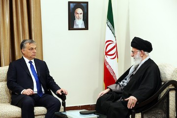 Leader of the Revolution met with the Hungarian Prime Minister