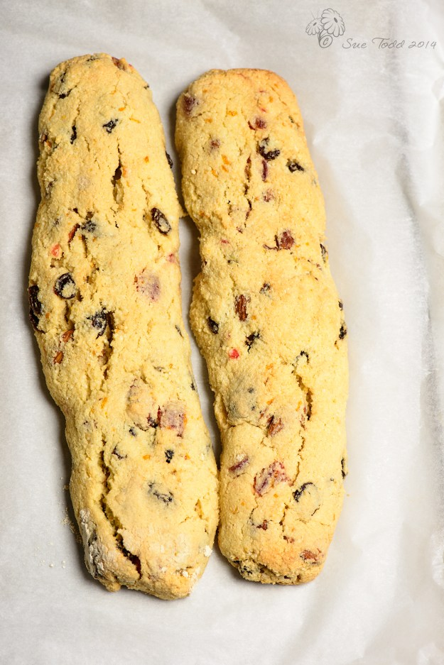 Gluten free, wheat free, fruity biscotti © Sue Todd 2014
