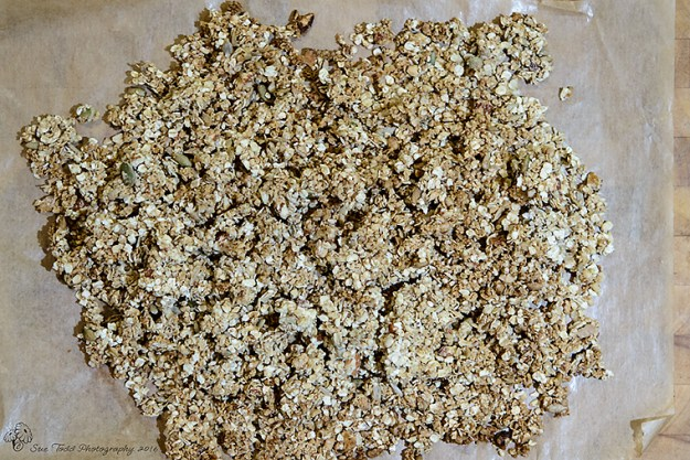Granola fresh from the oven © Sue Todd Photography 2016