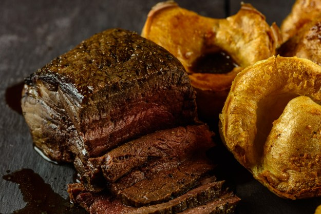 Roast Beef and Yorkshire Puddings - © Sue Todd Photography 2018