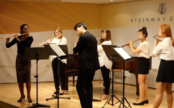 Suwon University College of Music flute professor Hyunim Yoon and German School of Music Weimar flute 2nd-year student Sun Min Yang perform Doppler's Andante & Rondo.(Image: Charles Ian Chun)