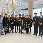 German School of Music flute professor Philipp Jundt (second from left) and his students pose with Sir James and Lady Jeanne Galway at Incheon International Airport, where they were welcomed with performances of the traditional Korean folk song Arirang as well as the 4th movement of the William Tell Overture. Jundt, who is artistic director of Gonjiam Music Festival, and executive director Soohyun Paik (3rd from left) invited Sir James and Lady Jeanne for Galway Flute Festival Korea 2016 in January, which commenced with a gala concert at Seoul Arts Center followed by a flute festival with masterclasses, concerts, workshops, exhibitions at Gonjiam Valley in Gwangju, Gyeonggi Province. Photo: Charles Ian Chun