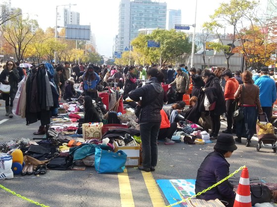 Anyang Flea Market (PHOTO: Lee Su-hyun)