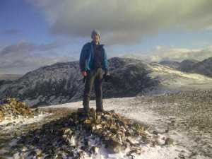 The snowy summit of Red Pike