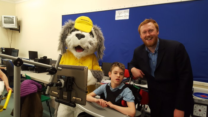 sam-the-dog%2c-harrison-and-ben-berry-at-sandside-school