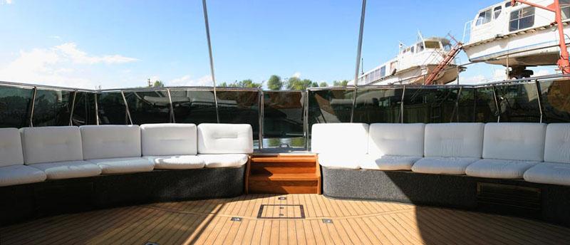 Russian luxury boat 10