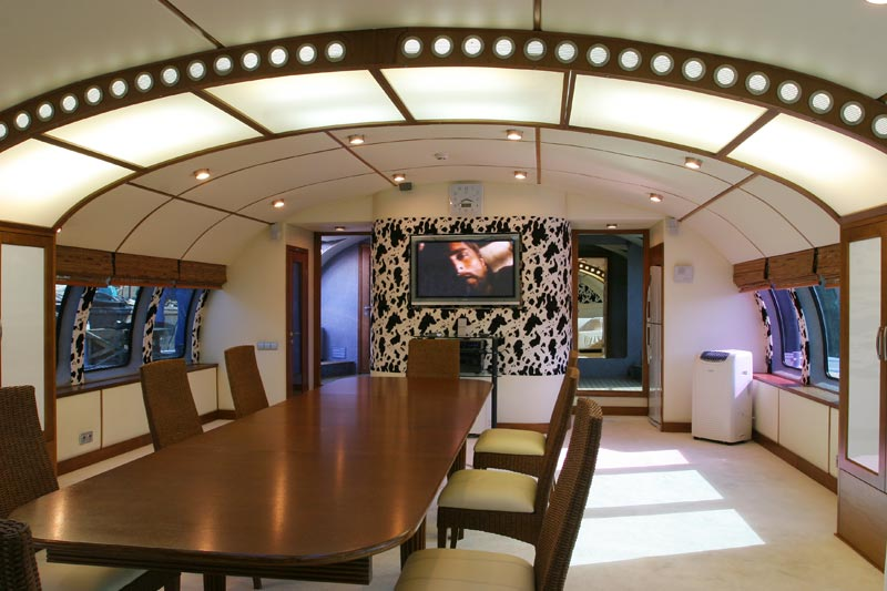 Russian luxury boat 8