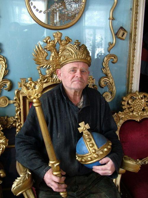 Living Like a Tsar 1