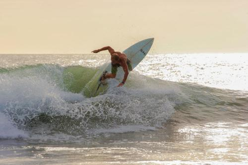 gallery-northern-nicaragua-waves-2