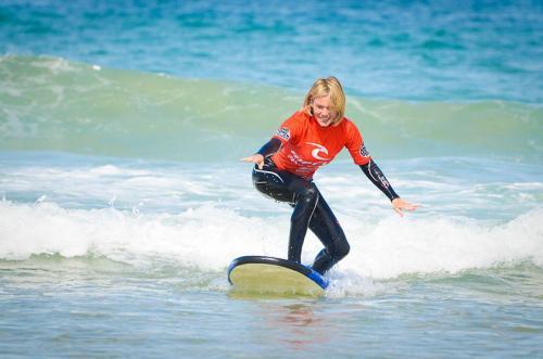 2 Hour Surf Lesson