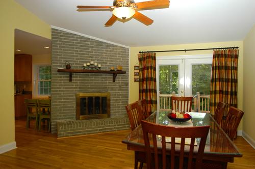 4.Dining Room.2393 Henderson Mill Ct