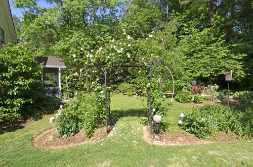 2 Garden 8