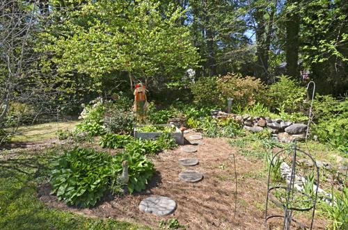 22 Garden 1