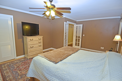 15 Master bedroom 1