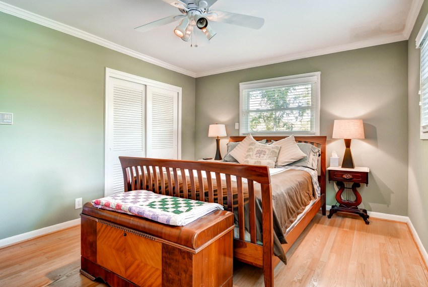 3226-leslie-lane-atlanta-ga-print-017-15-2nd-floor-bedroom-2700x1800-300dpi