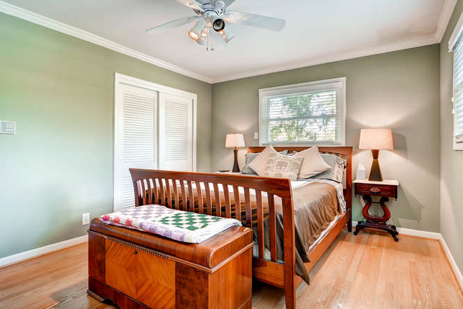 3226-leslie-lane-atlanta-ga-small-017-15-2nd-floor-bedroom-666x444-72dpi
