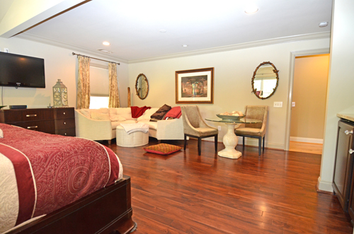 35-master-bedroom-2