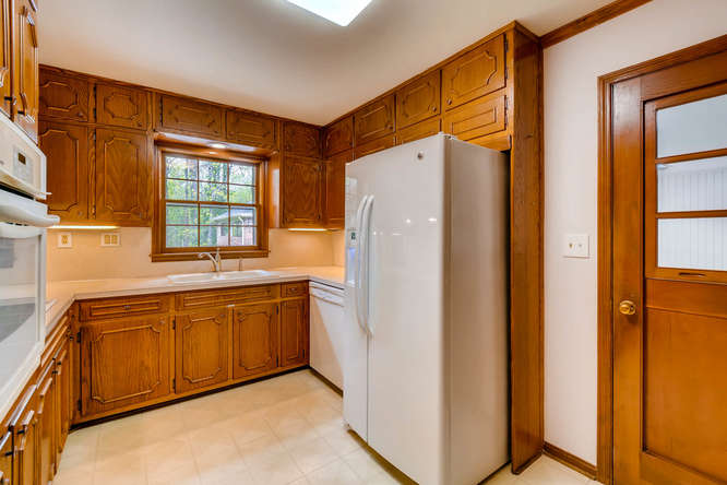 2928 Randolph Rd Atlanta GA-small-013-8-Kitchen-666x445-72dpi