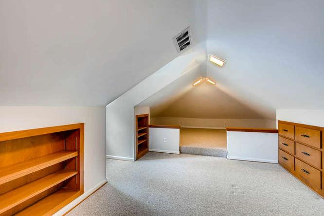 2928 Randolph Rd Atlanta GA-small-027-40-2nd Floor Bedroom-666x445-72dpi