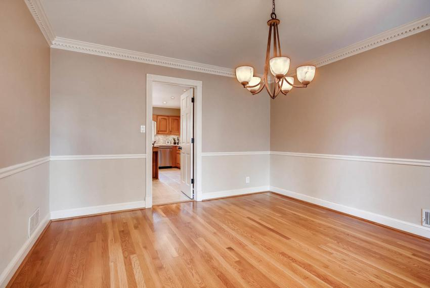 2828 Cravey Dr NE Atlanta GA-large-008-40-Dining Room-1499x1000-72dpi