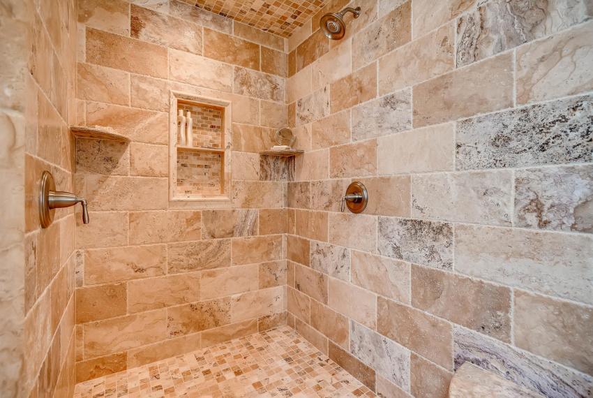 2828 Cravey Dr NE Atlanta GA-large-019-23-2nd Floor Master Bathroom-1499x1000-72dpi