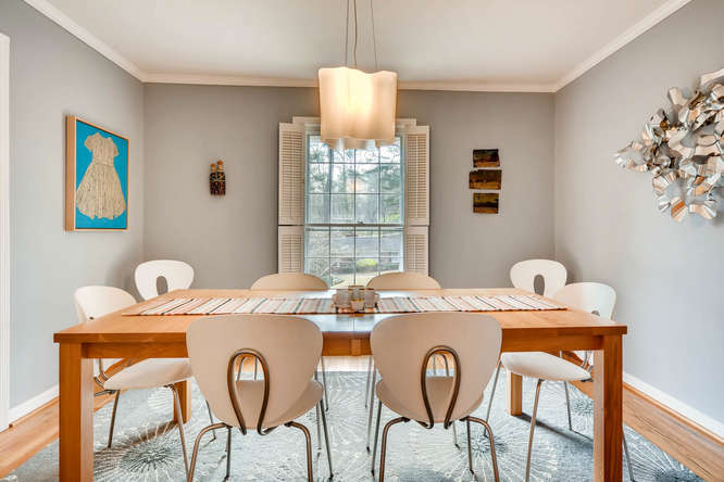 2646 Hawthorne Place NE-small-010-11-Dining Room-666x445-72dpi