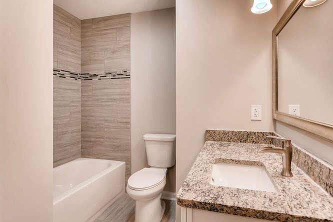 2045 Luxuria Court Tucker GA-small-026-17-2nd Floor Bathroom-666x445-72dpi