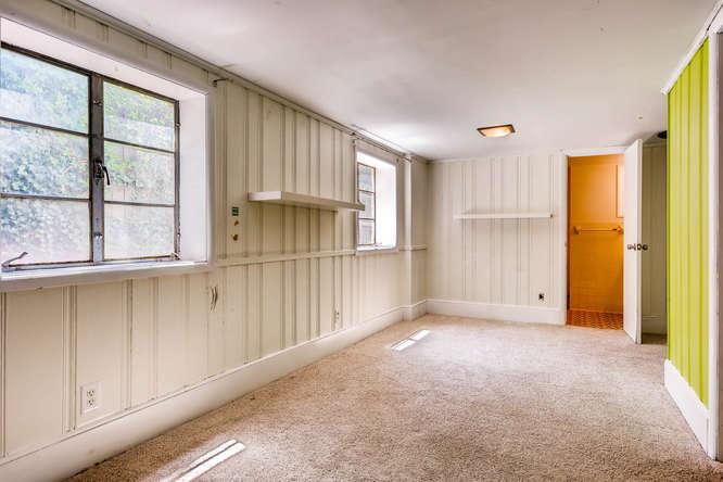3154 Briarcliff Way NE Atlanta-small-030-30-Lower Level Bedroom-666x445-72dpi
