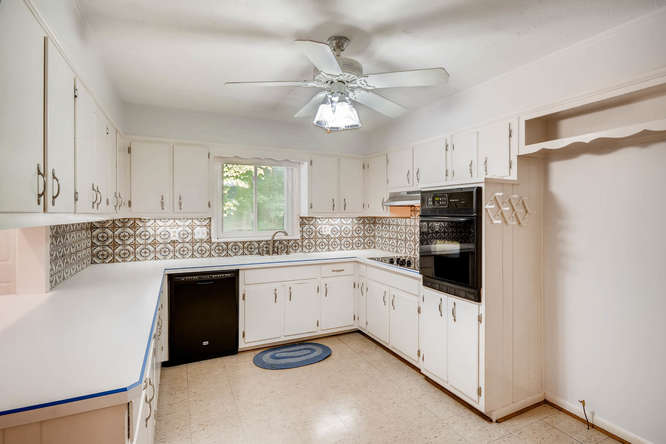 2528 Varner Drive NE Atlanta-small-011-3-Kitchen-666x445-72dpi