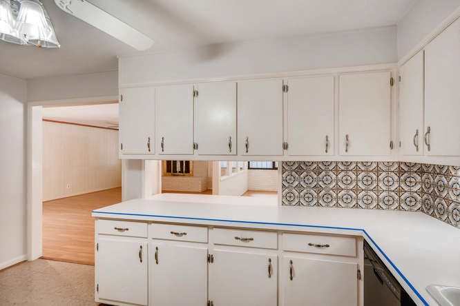 2528 Varner Drive NE Atlanta-small-013-24-Kitchen-666x445-72dpi