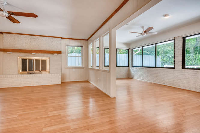 2528 Varner Drive NE Atlanta-small-033-21-Sunroom-666x445-72dpi