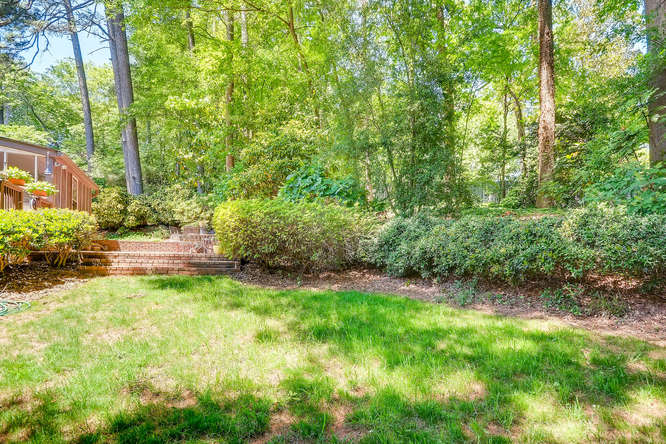 3186 Surgarplum rd Atlanta GA-small-039-35-Back Yard-666x445-72dpi