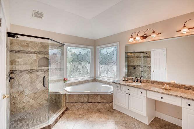 1590 Reserve Circle Decatur GA-small-020-12-2nd Floor Master Bathroom-666x445-72dpi