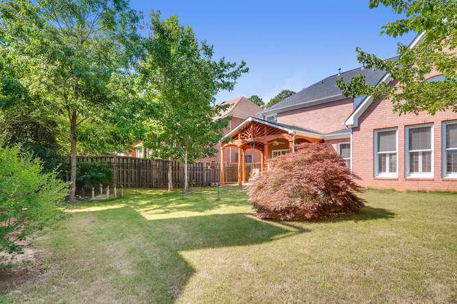 1590 Reserve Circle Decatur GA-small-036-34-Back Yard-666x445-72dpi