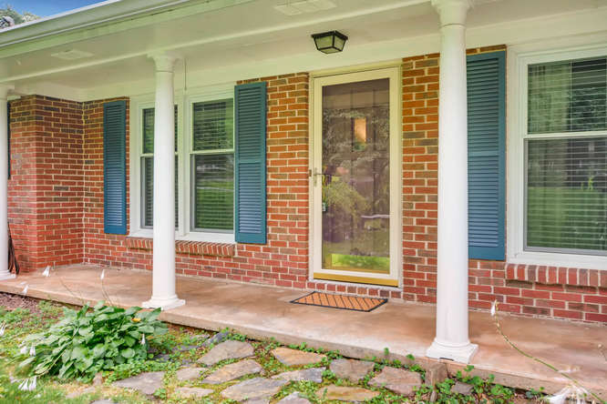 3239 Rehoboth Drive Decatur GA-small-003-4-Exterior Front Entry-666x445-72dpi
