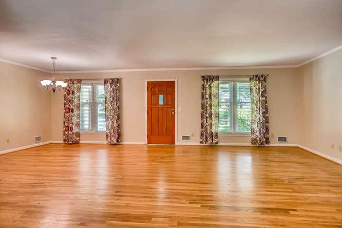 3239 Rehoboth Drive Decatur GA-small-007-3-Living Room-666x445-72dpi