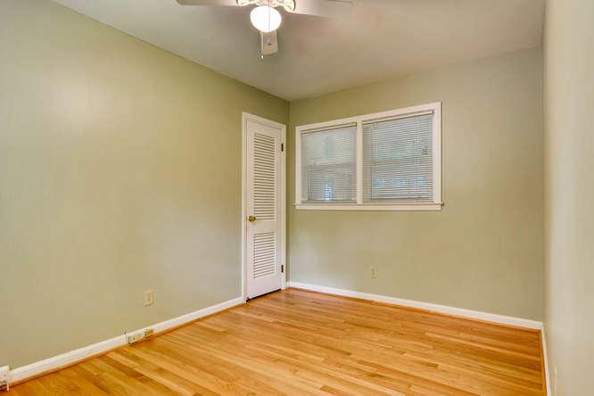3239 Rehoboth Drive Decatur GA-small-020-28-Bedroom-666x445-72dpi