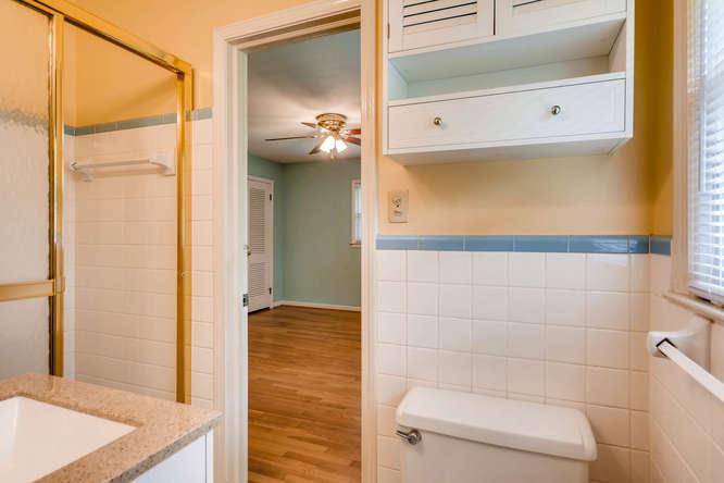 3239 Rehoboth Drive Decatur GA-small-031-20-2nd Floor Jack and Jill-666x445-72dpi