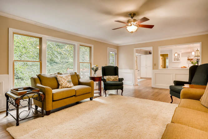2195 Greencliff Dr NE Atlanta-small-008-16-Living Room-666x445-72dpi