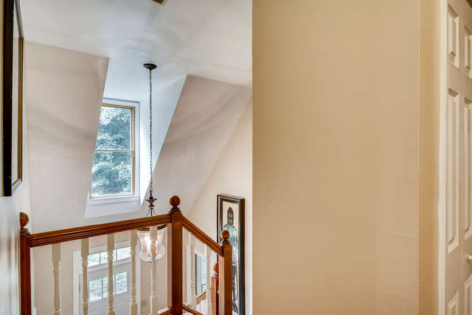 2195 Greencliff Dr NE Atlanta-small-030-29-2nd Floor Stairway-666x445-72dpi