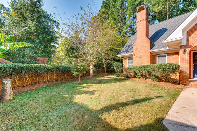 2438 King Ct NE Atlanta GA-small-043-32-Front Yard-666x445-72dpi