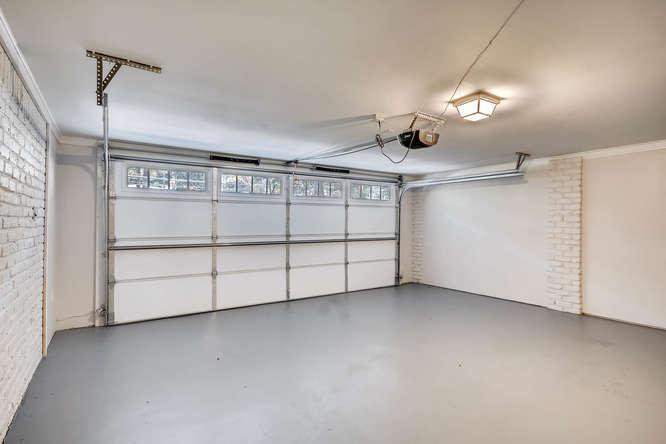 3002 Shenandoah Valley Rd NE-small-034-36-Garage-666x445-72dpi