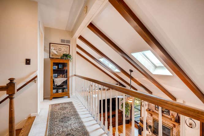 3620 Prestwick Drive Tucker GA-small-024-12-2nd Floor Stairway-666x445-72dpi