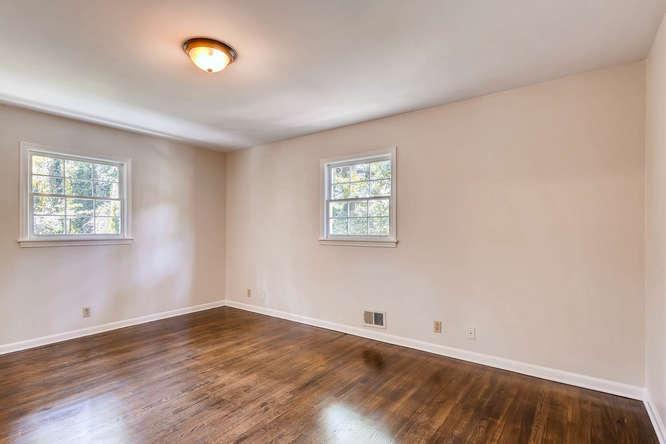 4001 Foxglove Rd Tucker GA-small-019-15-2nd Floor Master Bedroom-666x445-72dpi