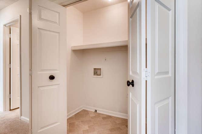547 Ravinia Way Lawrenceville-small-035-30-2nd Floor Laundry Room-666x445-72dpi