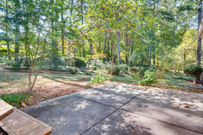 2518 Hazelwood Dr NE Atlanta-small-039-41-Patio-666x445-72dpi