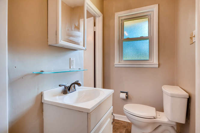 3048 Hudson Ct Decatur GA-small-022-19-Master Bathroom-666x445-72dpi