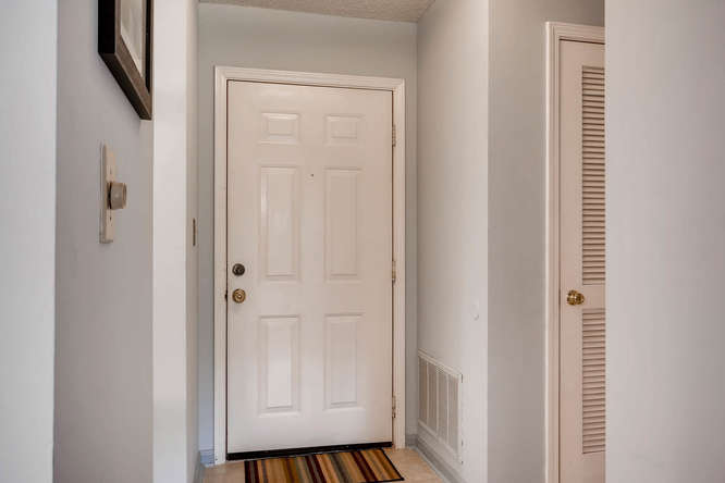 1019 North Jamestown Decatur-small-006-11-Foyer-666x445-72dpi
