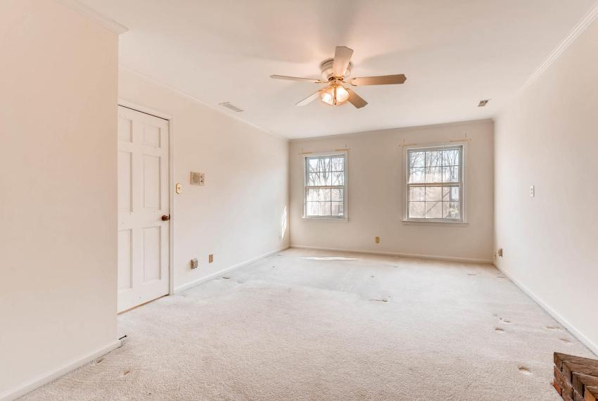 2556 midvale Forest Drive-large-022-32-2nd Floor Master Bedroom-1500x1000-72dpi